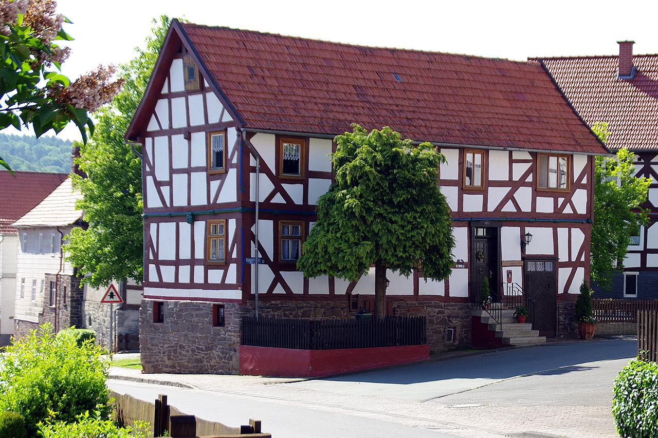 Blick auf Schluckebiers Haus. (© Mike Schwarz)