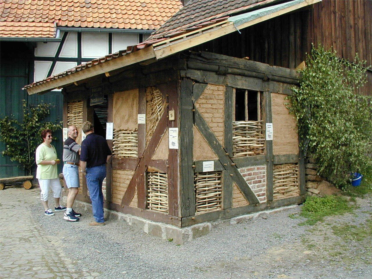 Bautechniken bei ehemals Ruhwedels Haus. (© Detlef Battefeld)