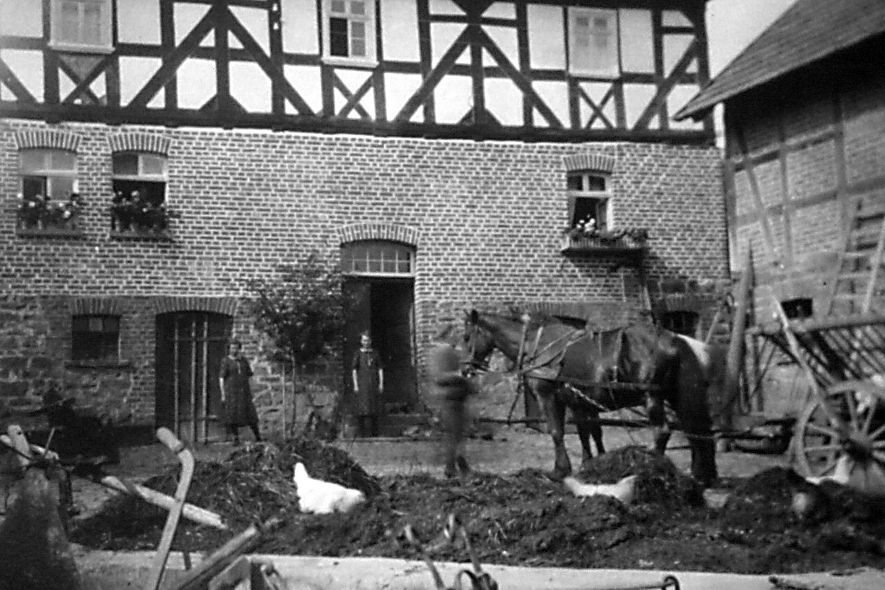 """""""Manuels"""" Haus, Ringstraße 11, 1920er/1930er. (© Stadt Frankenberg Eder)"""