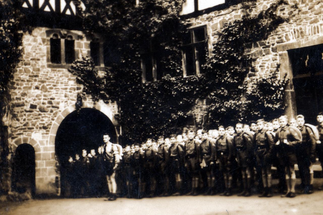 Landjahrlager auf Burg Lichtenfels im Sommer 1939. (© Familie Adolf Kruppa)