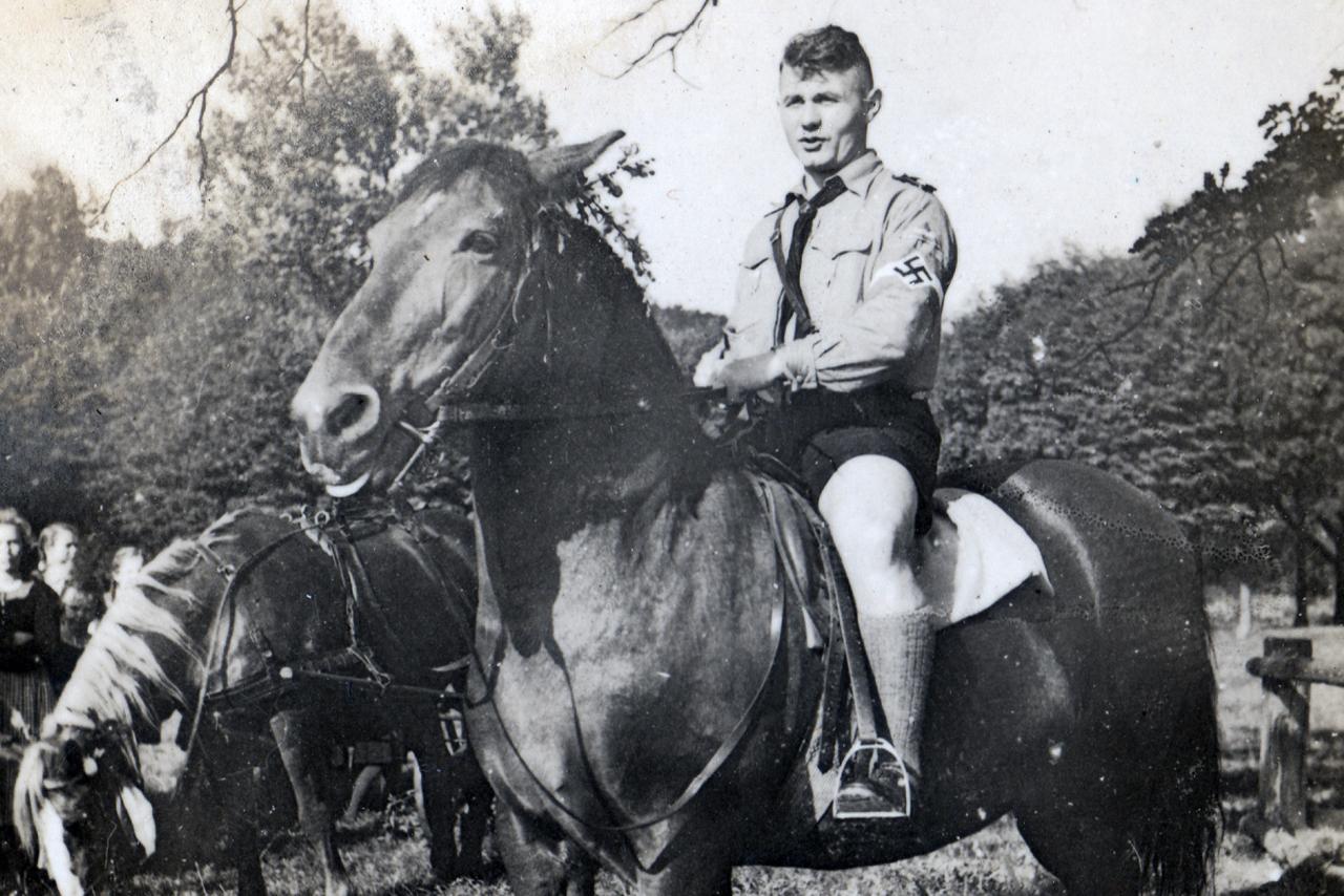 Lagerführer Robert Roth 1939. (© Familie Adolf Kruppa)