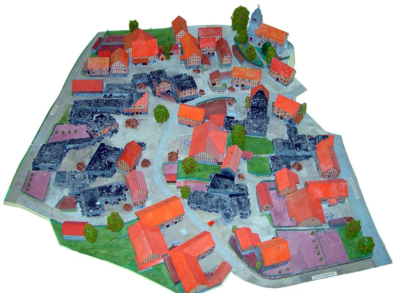 Kriegsmodell von Heinrich Battefeld zeigt die Zerstörung im Hinterdorf, nach dem 07. Oktober 1944. (© Mike Schwarz)